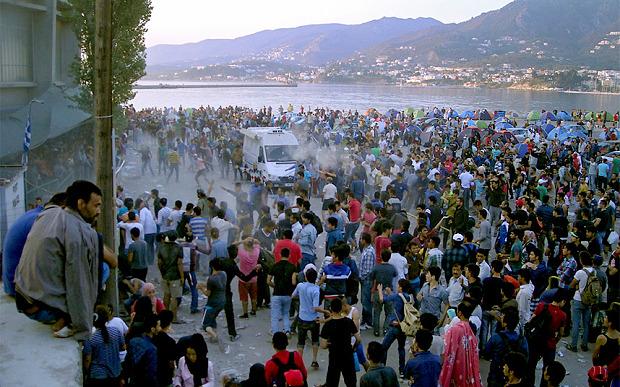 migrants-lesbos_3429322b